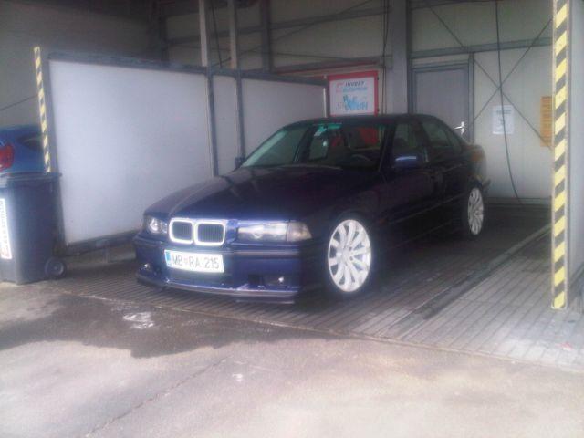 BMW e36 m-optik  ( M43B18 ) montreal blue  - foto