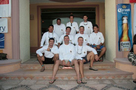 Mednarodna ekipa:  Mehika, Portugalska, Španija, Francija, Švica, Slovenija, Slonokoščena
