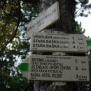 Sprehod med Batomaljem in Staro Baško.