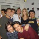 ...levo spodaj slavljenec Antonio Tapia (aka. Fernando Alonso)...