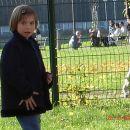 Pia na otroškem igrišču v Celju po razstavi mačk