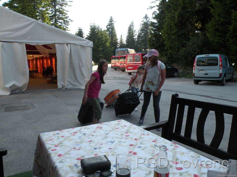 Tabor mladine - 27.6.2010 (prihod) - foto povečava
