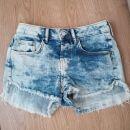 Kratke hlače xs - 5€