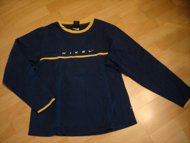 Nike majica L...2€