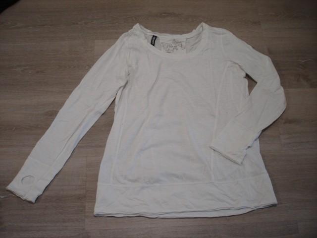 Majica daljša, tanka L...3€
