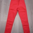 Bershka stretch hlače M , manjša 42....4€