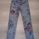 Tommy Hilfiger stretch kavbojke 128...5€