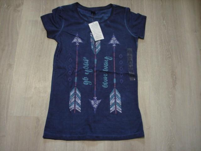 Nova majica, daljša S ali 170-176...4€