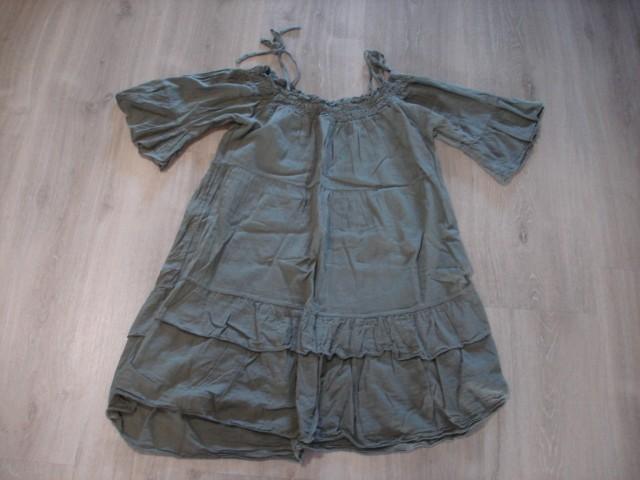 Kratka obleka , uni....5€