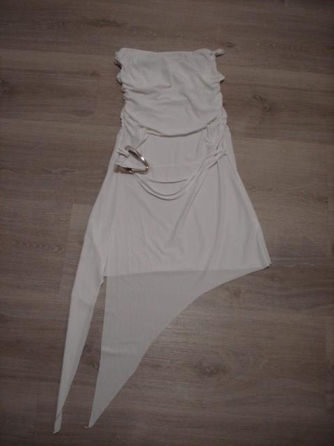 Asimetrična obleka XS-S....6€