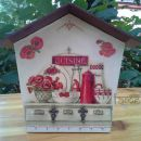 darila - obešalnik Hiška2