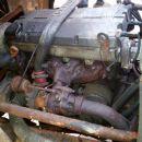 Motor z leve strani