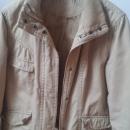 Lepo ohranjena bež jakna - 38