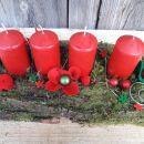 1-lubje, rdeče sveče in rožice