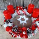 8-rdeče bel, rdeče sveče in bela zvezda na sredini