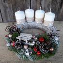 6-bele sveče, sanke na smreki