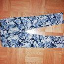 Žametne, raztegljive hlače 98 HM