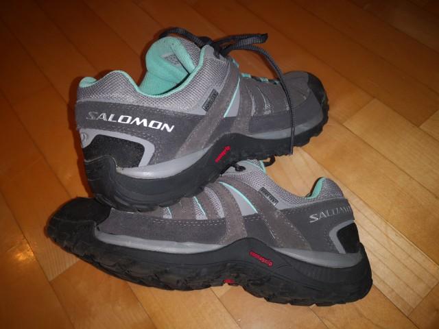 Pohodniški čevlji Salomon Goretex, št. 41 1/3 - foto