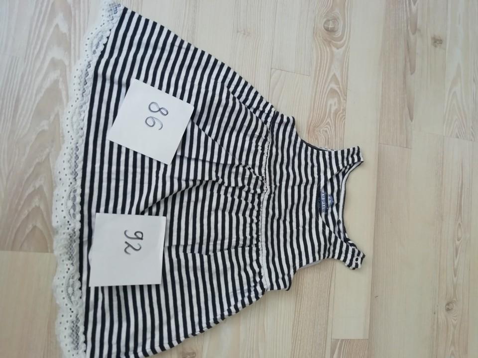 Oblačila za deklico - oblekice in krila - foto povečava