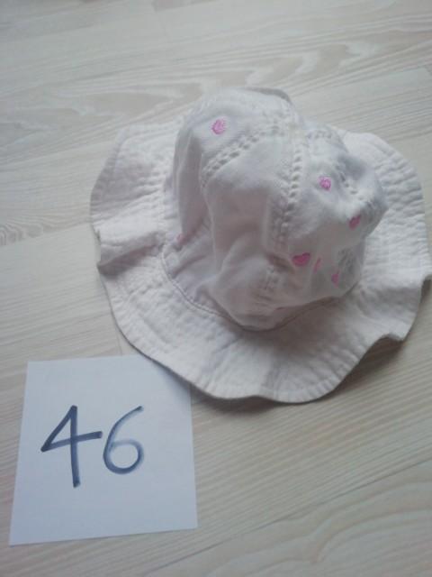Oblačila za deklico - kapice in klobučki - foto