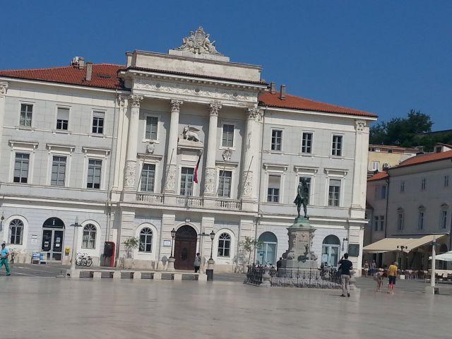 Tartinijev trg Piran