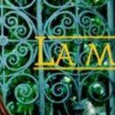 LA MENTIRA-UMAZANE LAŽI Sto epizod te mehiške telenovele se začne v revni vasici, kjer se