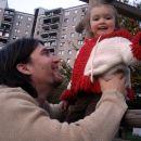 Simon in Rebeka pozirata za projekt na faksu. 9. 10. 2007