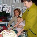 Na pomoč je priskočila babi. 27. 12. 2007