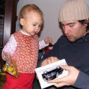 Skupaj nama je uspelo! Dobila sem svoj prvi avtomobilček. Jupi! 20. 12. 2007