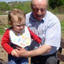 Jaz in pradedek Janez v Bukovju, 22. 4. 2007