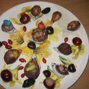 To je ustvarjanje z mojo hčerko. Das masa in kostanjeve ježice - divji kostanj.