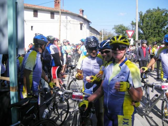 S kolesom po Krasu (13.10.2007) - foto