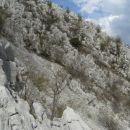 takole se z zadnje tretjine drugega grebena kaže zanimiv hrbet tretjega, ki ga tokrat nise