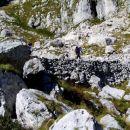 AO vojaška mulatiera, ki s planine Lašca vodi proti Škofiču ( 2013 m ) in Rdečem robu ( 19