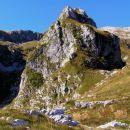 Palec ( 1616 m nm ) nad planino Lašca; domačini ga imenujejo Povc, ker je na pol poti ( ža