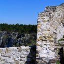 zidovi grajske ruševine ( grad Socerb )