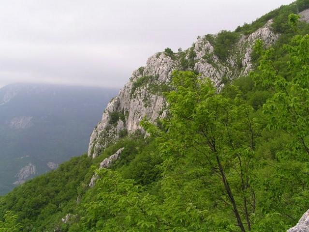 Eden izmed številnih grebenov, ki se z Gore spuščajo proti Ajdovščini