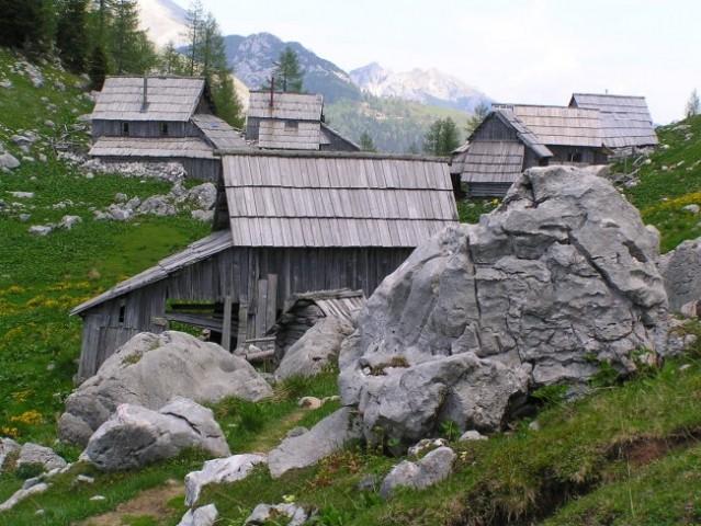 Stanovi na planini Viševnik ( cca 1650 m/nm )