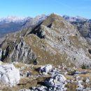 Veliki lemež ( 2043 m ) na drugi strani prevala Čez potoče je bil v I. svetovni vojni avst