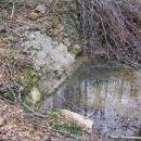 Površinska voda je na Krasu redkost, še najlažje jo vidimo po daljšem deževju, nekaj pa je