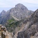 pogled z vzhodnega grebena Turske gore, po katerem poteka zelo zahtevna delno zavarovana o