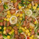 MEŠANA ŠKROBNA SOLATA  Sestavine: kuhan fižol, koruza, grah,  zelena paprika, mlada čebu