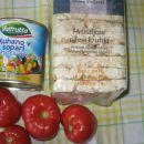 GREMO NA POT!  Predlog za škrobni obrok, primeren za na pot: mediteranska solata, riževi
