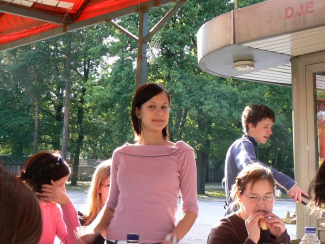 1.Piknik...2.del 06 - foto povečava
