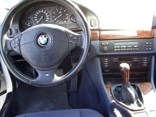 BMW 523i - foto povečava
