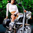 čiki na motorju