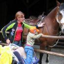 Nikakor se nisem mogel odtrgati od konja.
