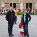 Notre Dame so očistili, da jo zdaj lazje občudujemo.