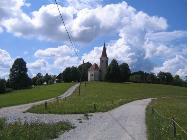 Cerkev na Šmohorju
