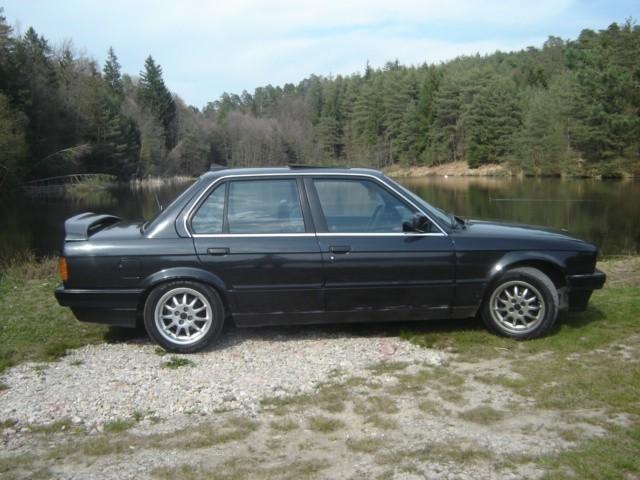 BMW 316i E30 - foto povečava